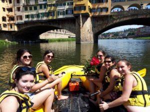 Soft Rafting - Ponte Vecchio Tour al tramonto @ Firenze