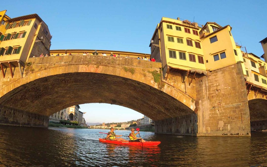 Kayak in Florence underneath the Ponte Vecchio