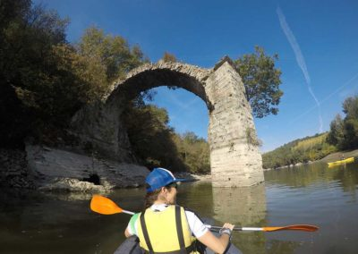 Kayak in the Ponte a Buriano and Penna Nature Reserve